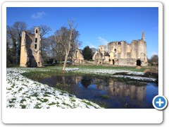 Ruins of the manor house - Minster Lovell